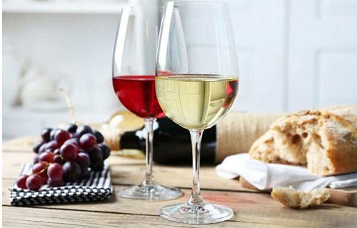 7 lý do nên uống Rượu vang