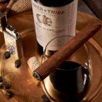 Kết hợp rượu vang và Cigar tại sao không?